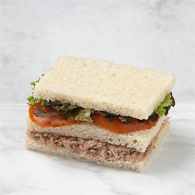 Sándwich vegetal de atún